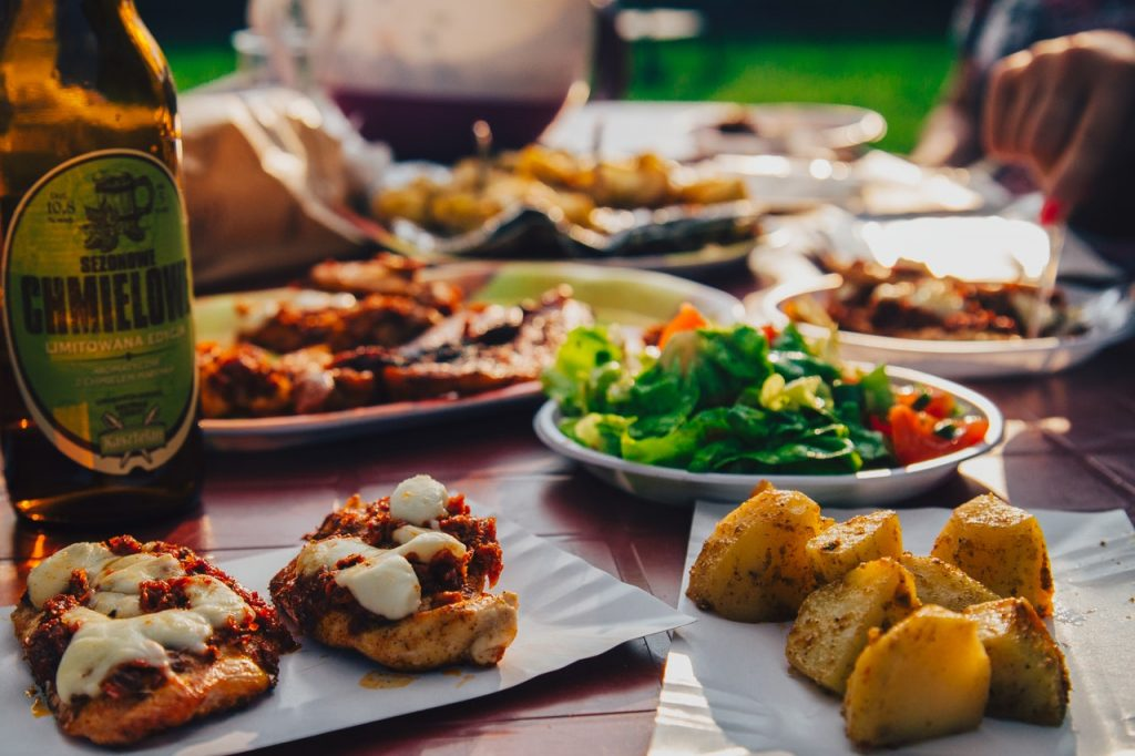 Minimize Your Portions on Noche Buena and Media Noche